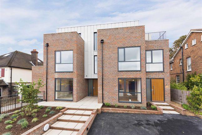 Thumbnail Flat for sale in Chandler House, 3 Alexandra Road, Epsom