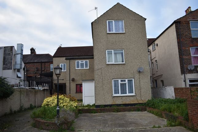 Thumbnail Mews house to rent in Albert Grove, Southsea