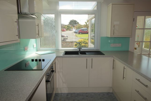 3 bed terraced house to rent in Marina Drive, Brixham