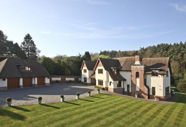 5 bedroom property for sale in Woodside, Chilworth, Southampton