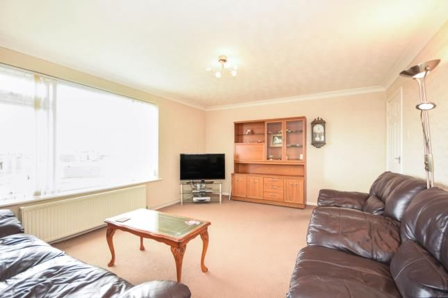 Thumbnail Flat for sale in Vane Court, Witham