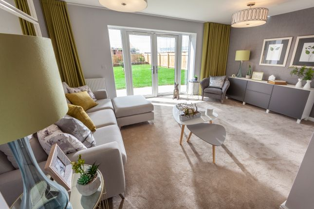 Thumbnail Town house for sale in Lakeside Boulevard, Doncaster