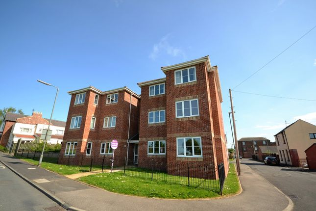 2 bed flat to rent in Hazel Court, Haswell, Durham DH6