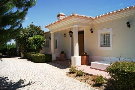 Image 18 6 Bedroom Villa - Western Algarve, Praia Da Luz (Gv368)