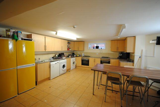 Thumbnail Terraced house to rent in 4 Headingley Avenue, Headingley