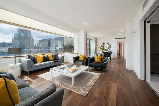 Thumbnail Flat for sale in Clarges Street, London