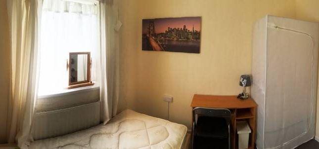 Room 4 - Single Room (Top Floor - Front Of House)