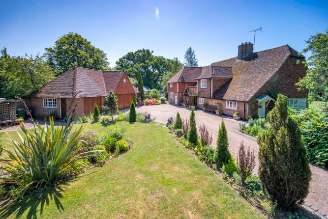 Thumbnail Country house for sale in Bletchenden Road, Headcorn