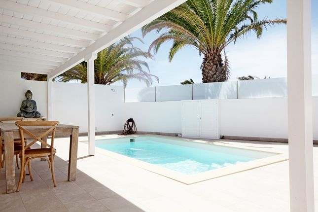 Apartment for sale in Costa Teguise, Lanzarote, Spain