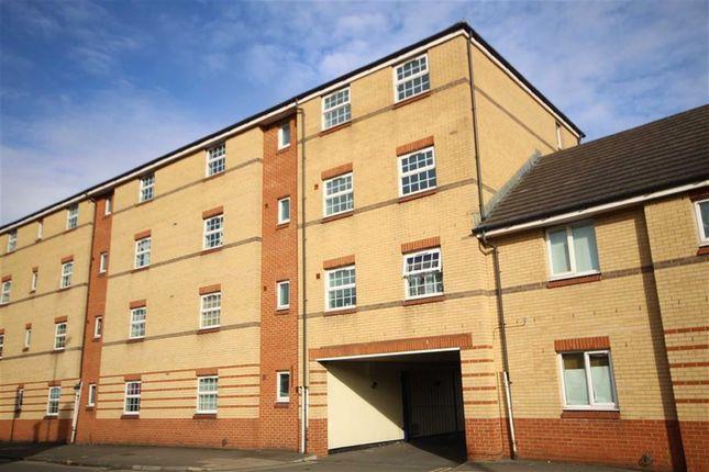 Thumbnail Terraced house for sale in Corporation Street, Swindon