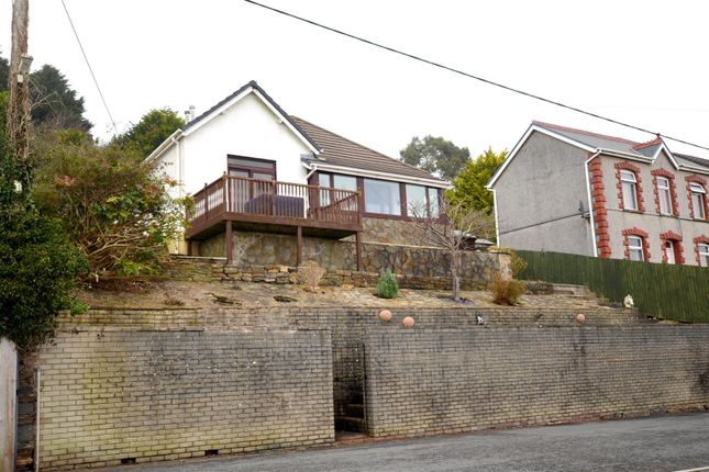 Thumbnail Property for sale in Elgin Road, Pwll, Llanelli
