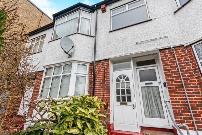 Thumbnail Property for sale in Kirkdale, London