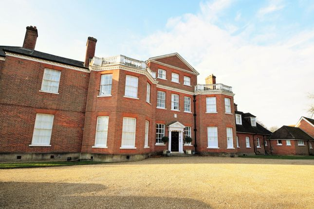 Thumbnail Flat for sale in Firgrove Manor, Eversley, Hook