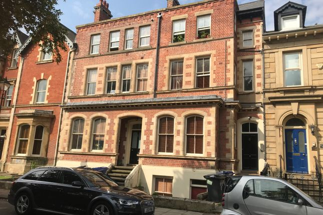 2 bed flat to rent in 5 Regent Square, Doncaster DN1