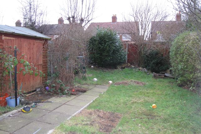Thumbnail Semi-detached house to rent in Manor Way, Crewe