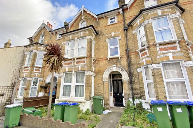 1 bed flat to rent in Hatherley Road, Sidcup, Kent DA14