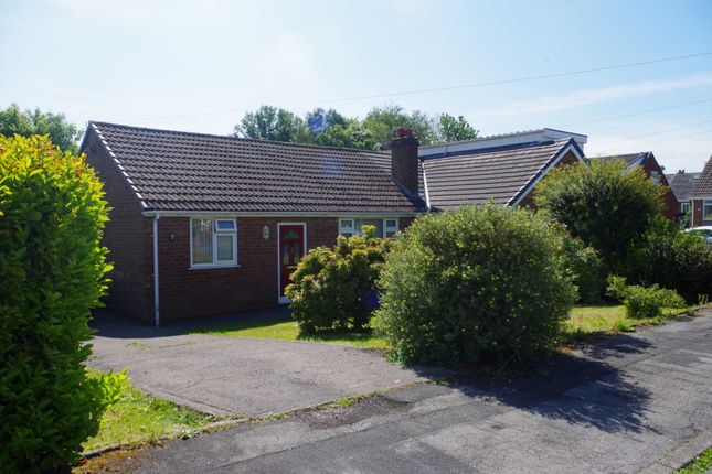 Thumbnail Bungalow to rent in Beverley Road, Little Lever, Bolton