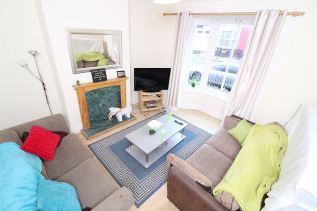 Thumbnail Shared accommodation to rent in Kearsley Road, Sheffield