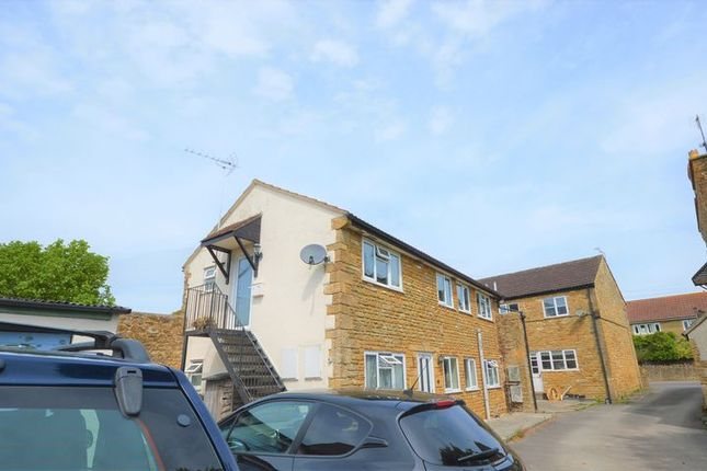 1 bed flat to rent in East Street, Martock TA12