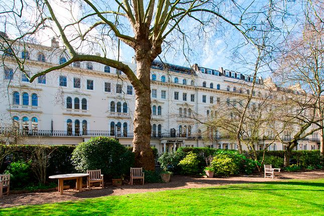 1 bed flat for sale in G5, Clifford Court, Kensington Gardens Square, London