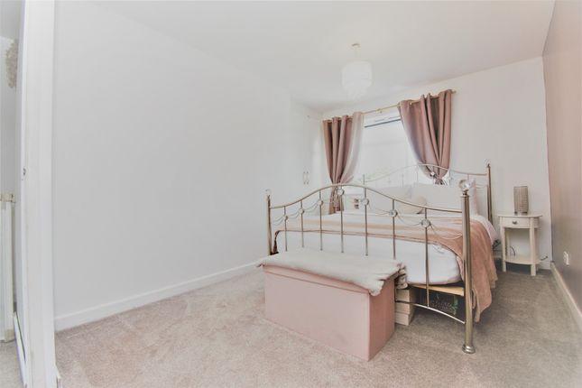 Thumbnail End terrace house for sale in Dukes Close, Wincanton, Popular Location