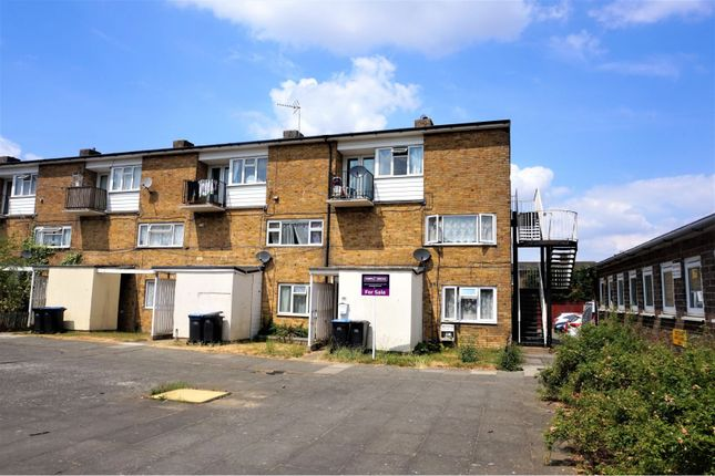 Thumbnail Maisonette for sale in Little Brays, Harlow