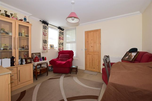 Thumbnail Maisonette for sale in St. Johns Wood Road, Ryde, Isle Of Wight