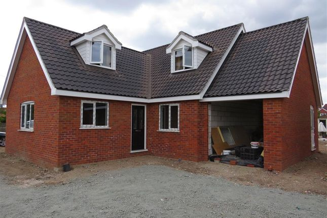 Thumbnail Bungalow for sale in Hungate Street, Aylsham, Norwich