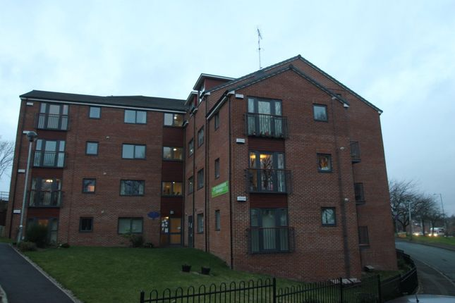 Thumbnail Flat to rent in Crossland Drive, Sheffield
