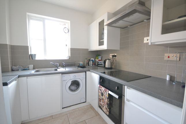 Thumbnail Studio to rent in Anderson Close, London