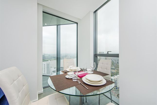 Dining Area of 3 Dollar Bay Place, Canary Wharf E14