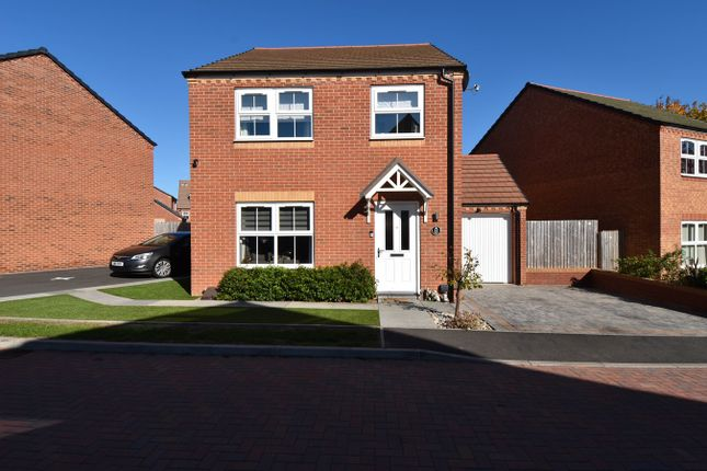 Thumbnail Detached house for sale in Kingstone Place, Redditch