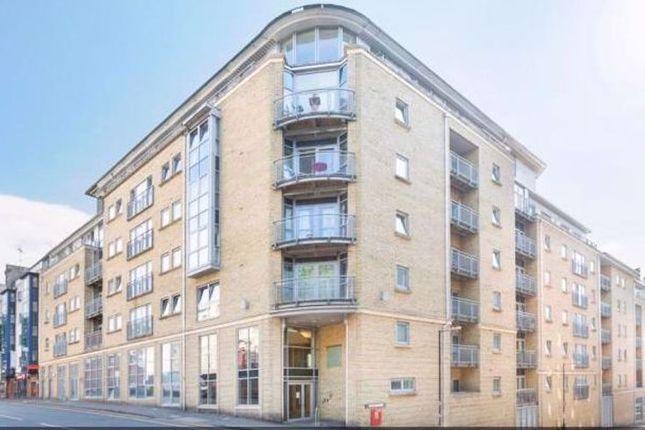 Thumbnail Flat to rent in Montague Street, Bristol
