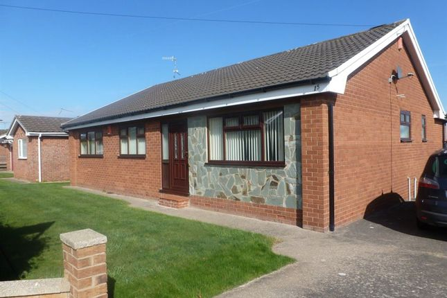 Thumbnail Bungalow to rent in Bieston Close, Borras, Wrexham