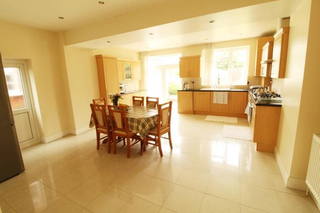 Thumbnail Property to rent in Belgrave Gardens, London