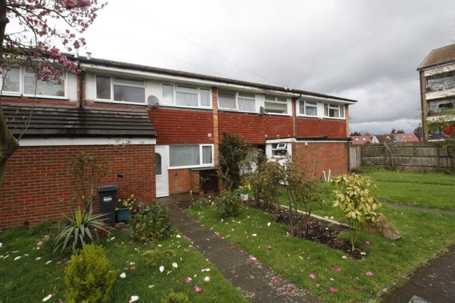 3 bed terraced house to rent in Stourton Avenue, Hanworth, Feltham