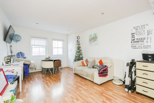 Thumbnail Flat to rent in Deptford High Street, London
