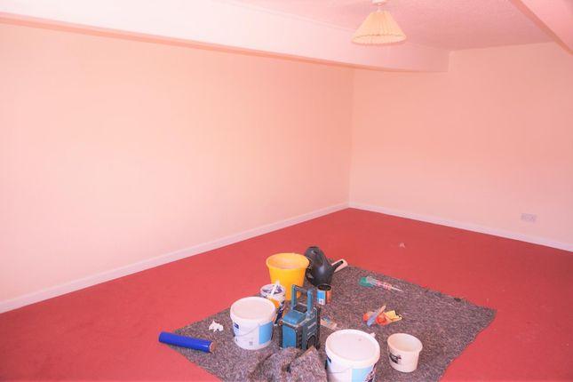 Thumbnail Flat to rent in Fore Street, Liskeard