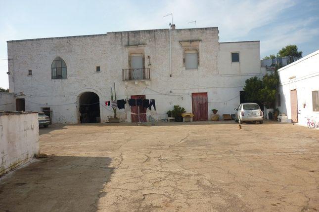 Thumbnail Farmhouse for sale in Masseria Vittorio, Ostuni, Puglia, Italy