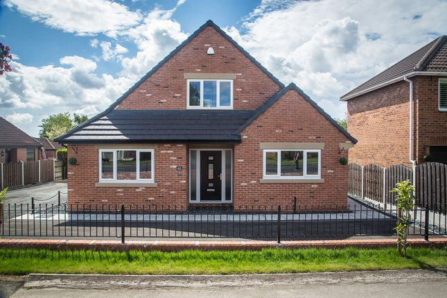 Thumbnail Detached bungalow for sale in 62 Braithwell Road, Ravenfield