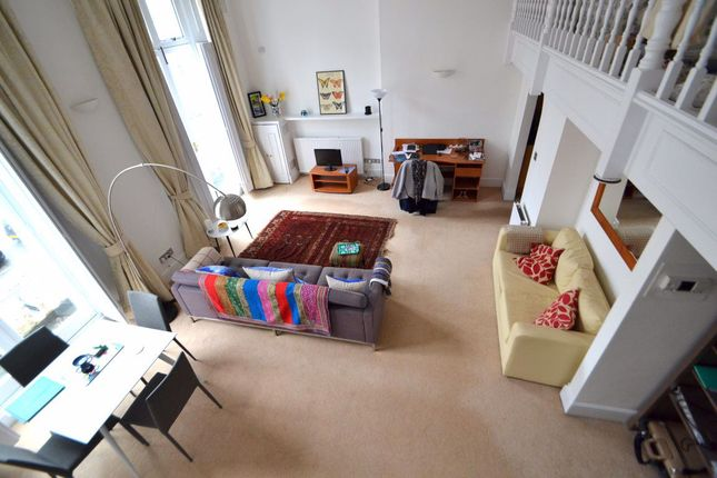 Thumbnail Flat to rent in Warrington Crescent, London