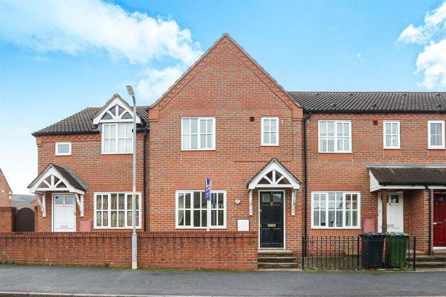 3 bedroom property to rent in Queen Street, Kidderminster