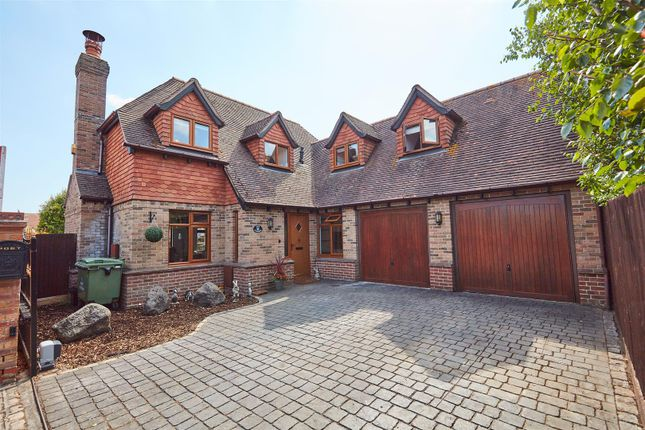 Thumbnail Detached house for sale in Century Drive, Spencers Wood, Reading