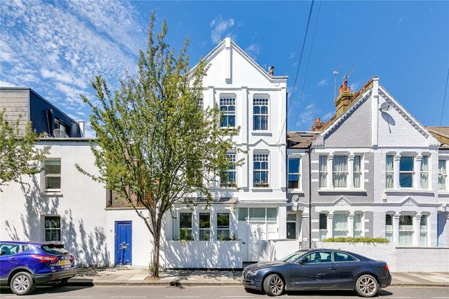 Thumbnail Flat for sale in Elswick Street, London