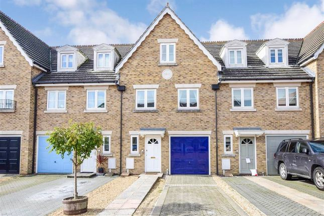 Thumbnail Town house for sale in Cobbetts Mews, Pulborough, West Sussex