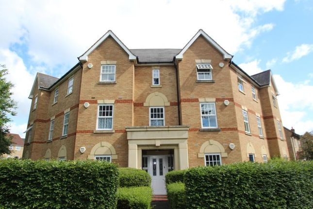 Thumbnail Flat for sale in Queens Road, Maidstone