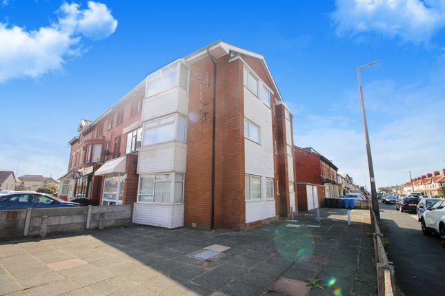 3 bed flat for sale in Beach Road, Thornton-Cleveleys FY5