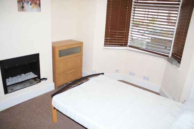 Thumbnail Room to rent in Bruce Street, Swindon
