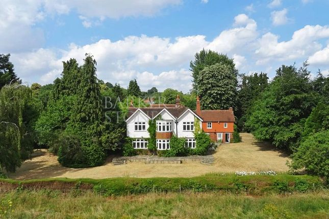 Thumbnail Detached house for sale in The Thicket, Maidenhead