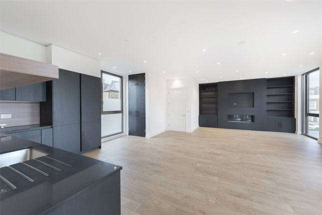 Thumbnail Flat to rent in Hand And Flower House, 617 Kings Road, London